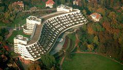 Úřad vyšel Kellnerovi vstříc, dal povolení zbourat hotel Praha