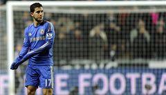 Hazard zmeškal trénink Chelsea. Mourinho omluvu hvězdy nepřijal