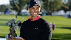 Woods získal 75. titul, od rekordu ho dělí ještě sedm výher