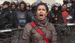 Mursí je nepřítel boha, skandují demonstranti v Egyptě