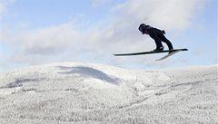 Skoky na lyžích v Sapporu: Matura sedmý, Slovinci zazářili