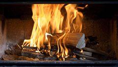 Norská televize vysílala 12 hodin plápolání krbového ohně