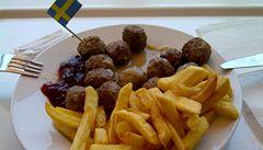 Za koninu v masových kuličkách dostala IKEA pokutu půl milionu korun