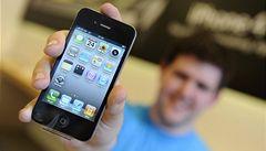 Apple zdarma na Facebooku nedostanete. Sdílení nepomůže