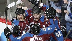 Rekordní série Chicaga v NHL končí. Ukončilo ji Colorado