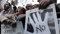 Kypr oddělil 'dobré' a 'špatné' banky. Čas na záchranu má do pondělí