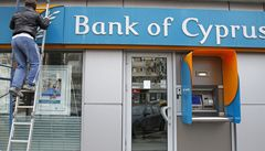 Šéf kyperské Bank of Cyprus odstoupil, banku převzal správce
