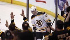 VIDEO: Krejčí dokonal v rozstřelu obrat Bostonu, bodoval už počtvrté