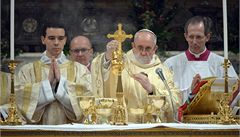 Církev nesmí být jen nevládní organizací, řekl papež na první mši