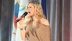 VIDEO: Soukalová znovu zpívala. Skvělou sezonu oslavila hitem Venus
