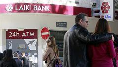 Klienty s tučnými konty 'oholí' Kypr téměř o všechno