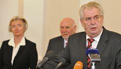 Šimáčková, Výborný a David jsou Zemanovými kandidáty do ÚS