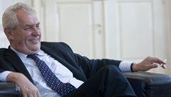 Co vám uniklo: Zemanův víkendový úkol i postrach jménem Švýcarsko