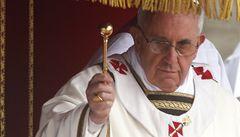 Papežova přítelkyně si myslí, že František může zrušit celibát