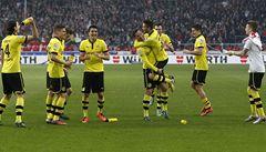 Dortmund zdolal Stuttgart a oddálil mistrovské oslavy Bayernu