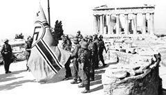 Co vám uniklo: řecký nárok na reparace od Němců a  oslava bez trenýrek