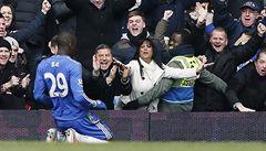 Čech pomohl vynikajícími zákroky Chelsea k výhře v poháru nad United