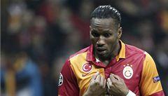 Drogba při zápase uctil Mandelu. Turecký svaz mu hrozí trestem