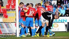 Plzeň porazila Teplice 2:1 a dotáhla se na Spartu