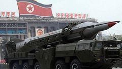 Severní Korea odpálila do moře dvě rakety, zjevně krátkého doletu