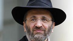 Vrchní rabín Francie odstoupil. Kvůli plagiátorství a lhaní