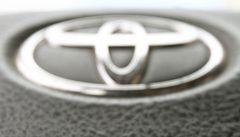 Toyota se bojí vadných airbagů. Už podruhé posílá do servisů 1,6 milionů aut