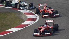 Velkou cenu Číny s přehledem vyhrál Fernando Alonso