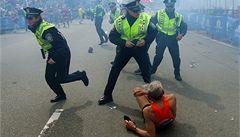 Bombový útok v Bostonu zabil tři lidi, stav 17 osob je kritický
