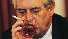 Pokud Zeman nepřestane pít, může i oslepnout, tvrdí Nešpor