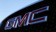 Při nehodách vozů GM s problémy se startováním zemřelo 21 lidí