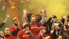 Sparťanští fanoušci pochodovali Prahou, slavili výročí klubu