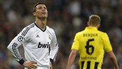 Real zabral pozdě a výhra 2:0 mu nestačila. Ve finále je Dortmund