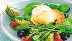 Zkuste špenátové listy s kozím sýrem, radí Roman Paulus