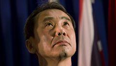 Nobelovu cenu za literaturu vyhlásí ve čtvrtek. Favoritem je Murakami