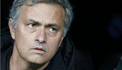 Zavíráme krám, jsem spokojený, prohlásil o posilách Chelsea Mourinho
