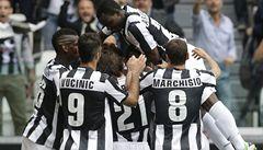 Juventus vyhrál a tři kola před koncem sezony obhájil italský titul