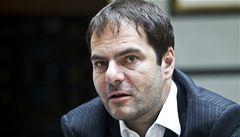 Miliardář Šmejc získal podíl v řeckém sázkovém monopolu