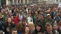 Prahou prošel pochod za legalizaci konopí