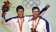 Británie pláče. Olympijský vítěz v jachtingu Simpson se utopil