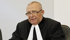 Nominace Výborného na Ústavní soud narazila ve výboru. Pyká za restituce?