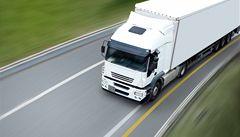 Praha zakáže kamionům vjezd do města. Pojedou jen po městském okruhu