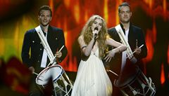 Soutěž Eurovize vyhrála bosá zpěvačka Emmelie de Forestová