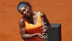 Serena Williamsová obhájila titul v Madridu i světový trůn