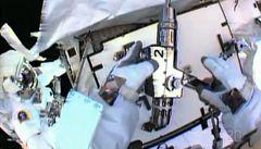 Astronauti u ISS vyměnili čerpadlo, čpavek zatím neuniká