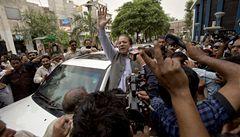 Pákistánskou vládu bude sestavovat Šaríf, který se prohlásil za vítěze voleb