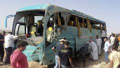 V Egyptě havaroval autobus s turisty. Při nehodě zemřelo sedm lidí