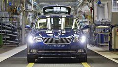 Škoda zahájila výrobu omlazeného Superbu s úspornějšími motory
