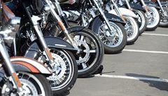 Při závodech v Ostravě zemřel motocyklista, další čtyři jsou zraněni