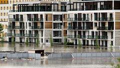 Červnové povodně zvýší pojistky, ceny ohrožených bytů se nemění