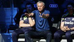 Mourinho je zpátky v Chelsea, Čechův tým má vést čtyři roky